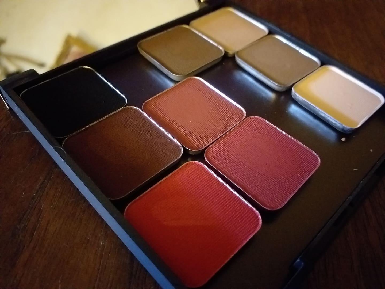 Egengjord palett från Makeup Geek.